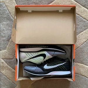 Men's Nike Flyknit Racer shoes size 10